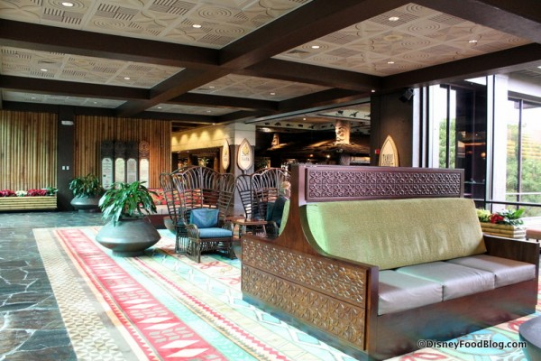 Seating area near the Tambu Lounge