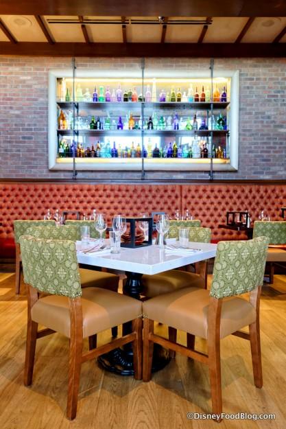 Taverna Seating