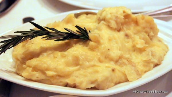 Yukon Gold Garlic Mashed Potatoes