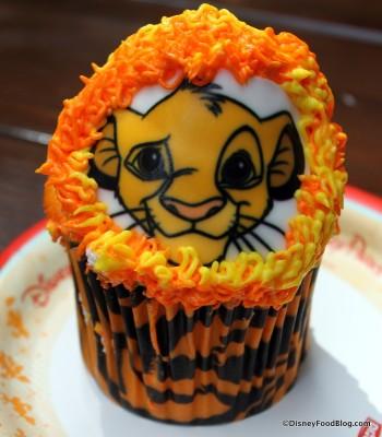 Lion Cub cupcake