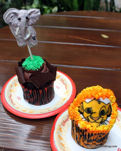 Lion Cub cupcake and White Chocolate Elephant cupcake