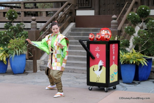 Holiday Storyteller in Japan