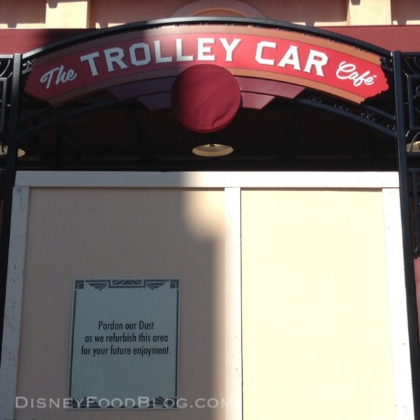 Trolley Car Starbucks at Disney's Hollywood Studios