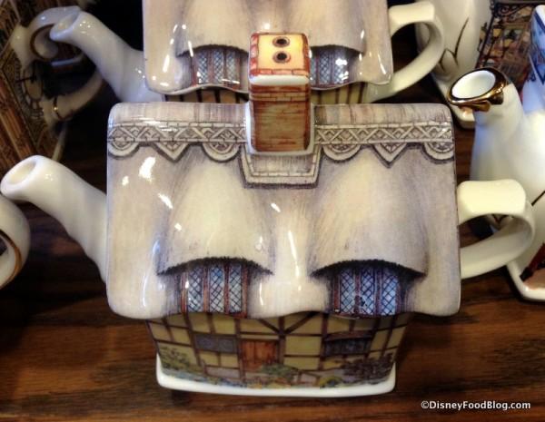 Anne Hathaway's Cottage Teapot