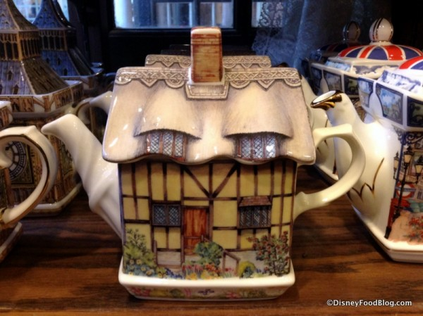 Anne Hathaway's Cottage Teapot