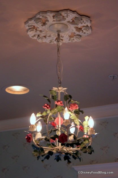 Light Fixture and Ceiling Detail