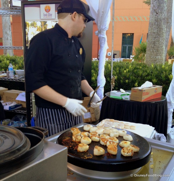 Preparing Scallops Perfectly for a Crowd