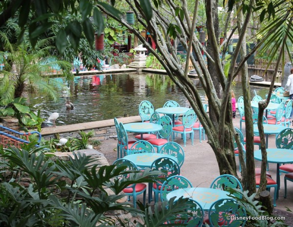 Flame Tree Barbecue seating
