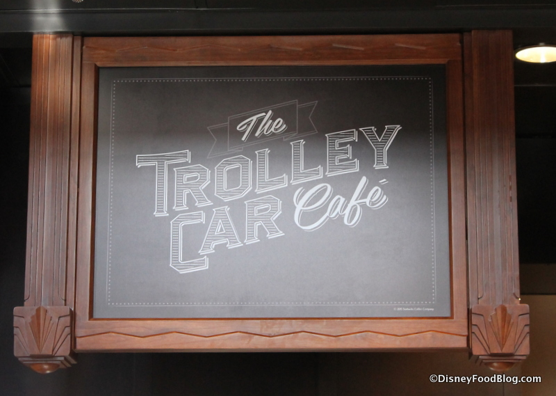 Hollywood Studios Starbucks Trolley Car Cafe-30