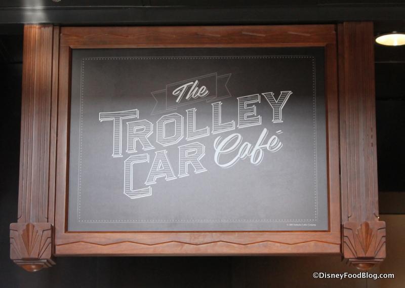 Hollywood Studios Starbucks Trolley Car Cafe-30