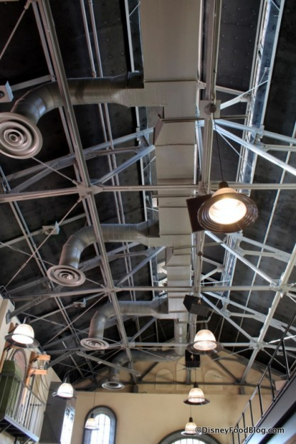 Ceiling and light fixtures