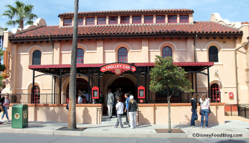 First Look And Review The Trolley Car Cafe At Disneys Hollywood