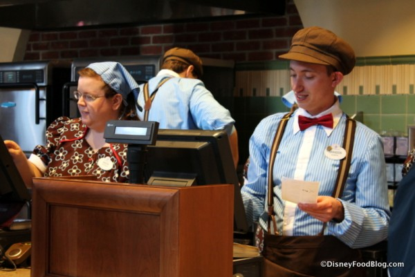 Cast Members  sc 1 st  Disney Food Blog & First Look! and Review: The Trolley Car Cafe at Disneyu0027s Hollywood ...
