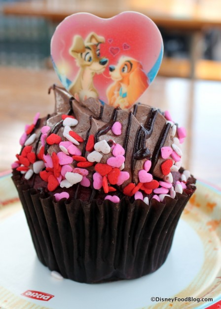 Lady and the Tramp Cupcake