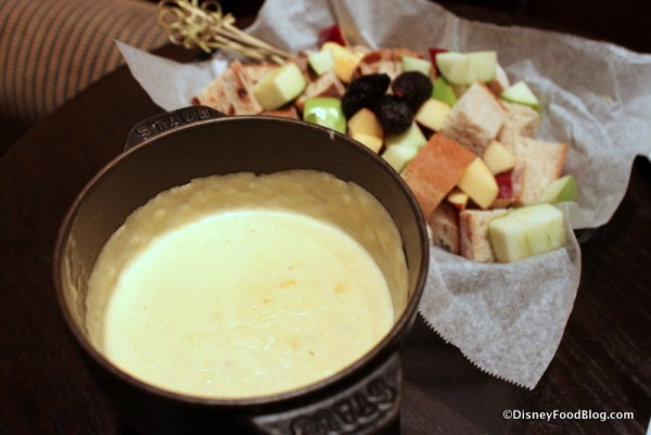 Pinot Grigio Fondue -- Up Close