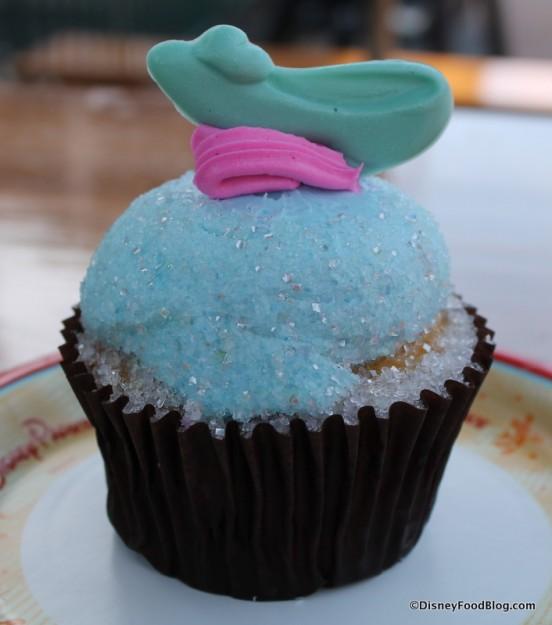 Cinderella cupcake