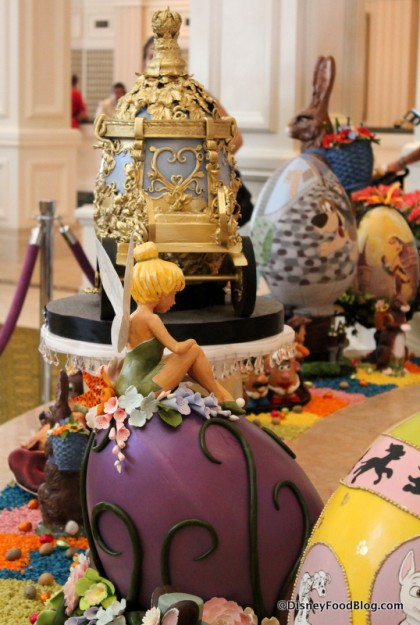 2015 Grand Floridian Easter Egg Display