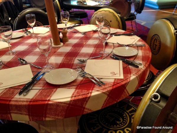 Chez Rémy Table