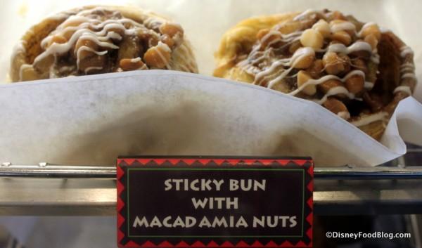 Sticky Bun with Macadamia Nuts