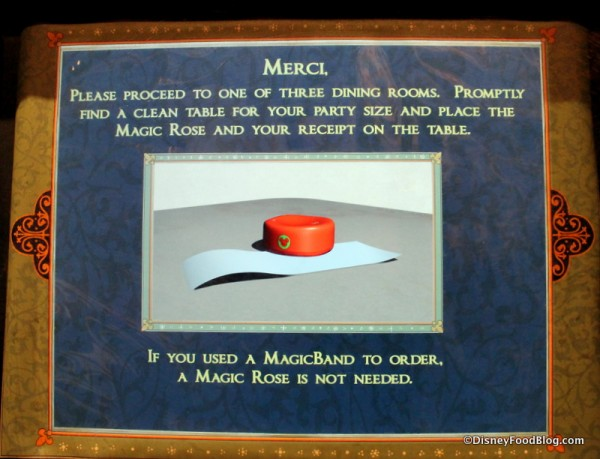"""full """"everything on the menu"""" review: breakfast at magic kingdom's"""