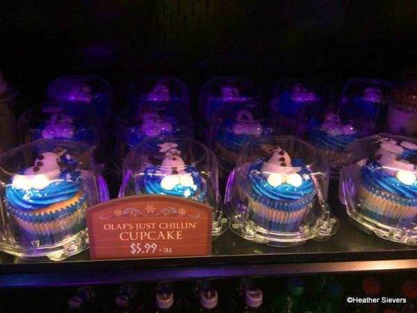 Olaf Cupcakes