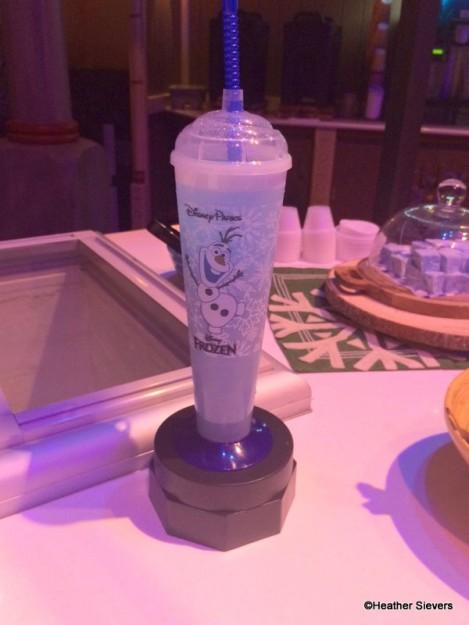 Summertime Blues Frozen Cooler Souvenir Sipper