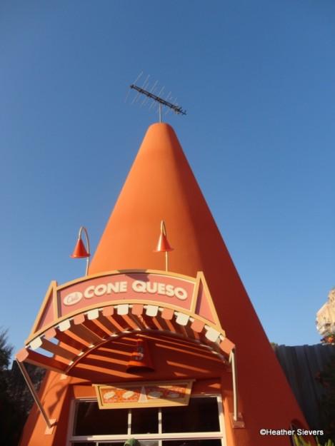 Cone Queso at the Cozy Cone Motel