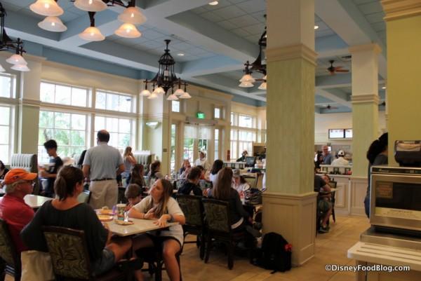 Gasparilla Island Grill indoor seating