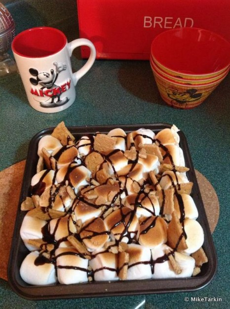 Making the S'mores Bake from Big Thunder Ranch Barbecue at Home
