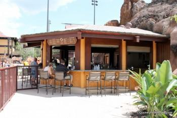 Barefoot Pool Bar