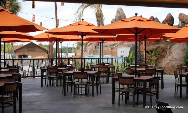 Trader Sam's seating pre-opening