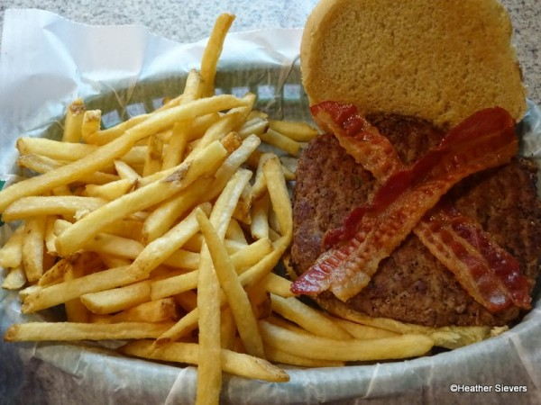 Bacon Cheddar Burger Sans Cheddar
