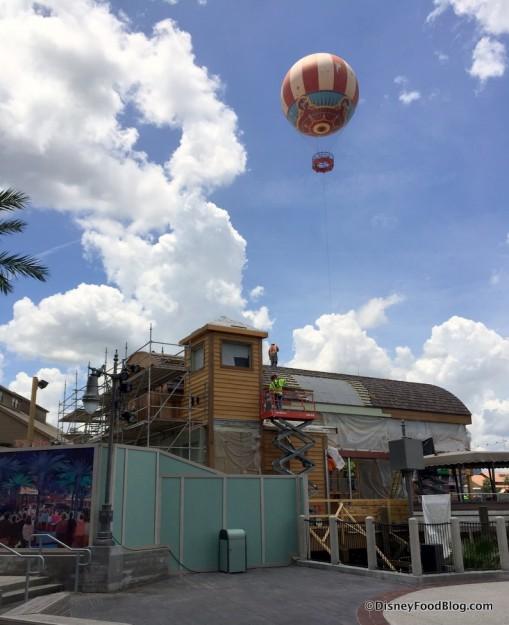 Jock Lindsey's Hangar Bar under construction