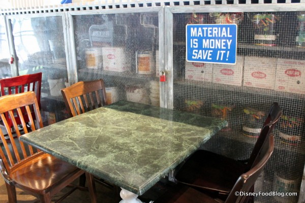 Save Money sign