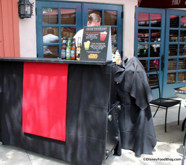 Popup Bar near Starring Rolls