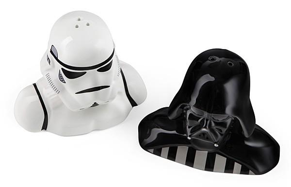 Star Wars Salt and Pepper Shaker -- Darth Vader and Storm Trooper