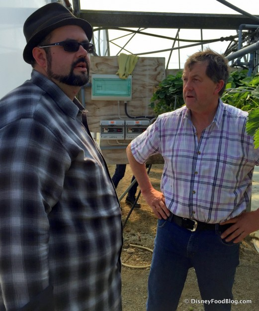 Aaron Chats with John, Owner of Danescastle Fruit Farm