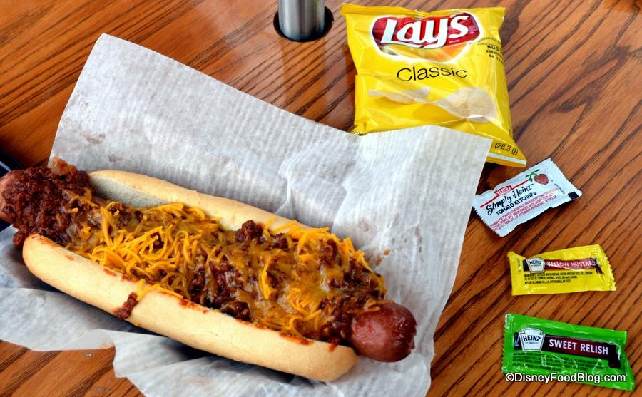 Review chili and cheese foot long hot dog at min amp bill s dockside