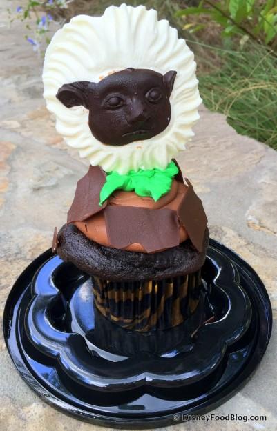 Starbucks Now Features the Cotton Top Tamarin Cupcake