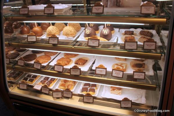 Karamell-Kuche bakery case