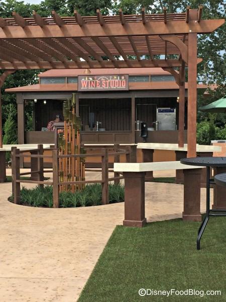 2015 Wine Studio Booth