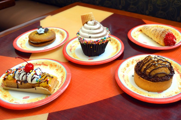 "Review: New Bakery Items at Contemporary Resort's Contempo Cafe (Did Somebody Say ""Peanut Butter Pie""?)"