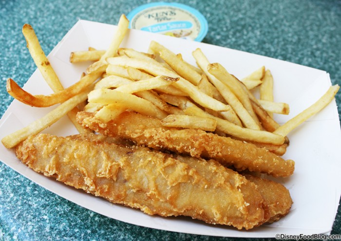 Review stage door cafe in disneyland the disney food blog for Fish and chips sauce