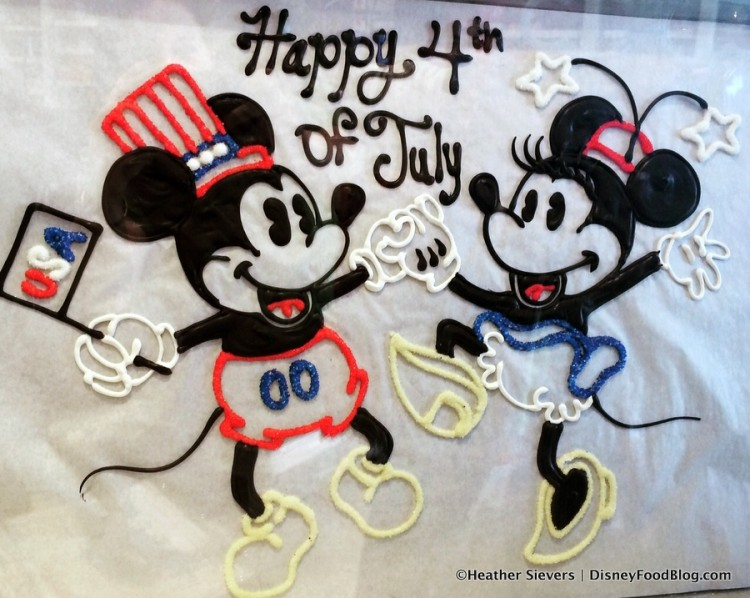 Happy 4th of July From a Very Sweet Pair!