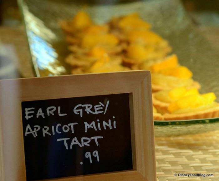 Earl Grey Apricot Mini Tart