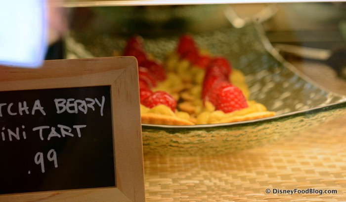 Matcha Berry Mini Tart