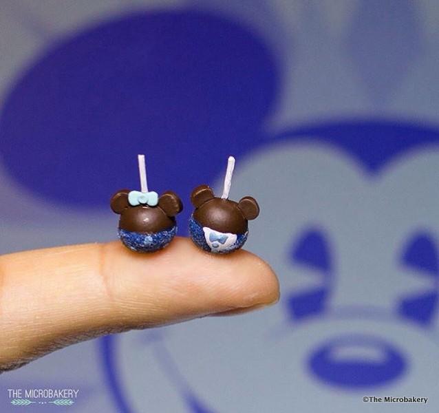 Minnie and Mickey Diamond Celebration Candy Apple Miniatures ©The Microbakery