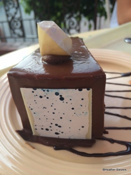 White Chocolate Diamond Topper & Backside of the Cake