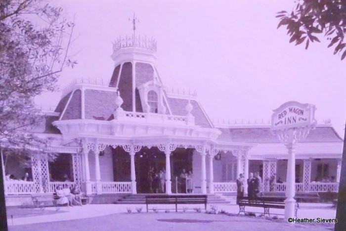 The Red Wagon Inn, aka Plaza Inn