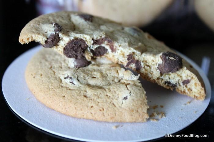 Minnie's Bake Shop Chocolate Chunk Cookie